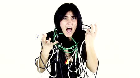 kabely : screaming woman desperate about cables surrounding her Dostupné videozáznamy