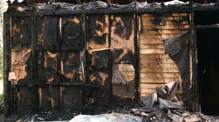 arduvaz : Burned down private wooden house.
