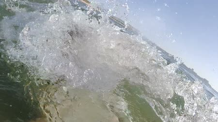 Selfie of a happy man swimming and diving in the sea. Wideo