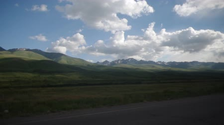 pamir : Autotravel through the mountains of Kyrgyzsta, handheld shooting