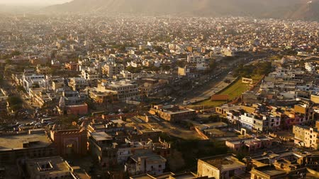 jaigarh : View on jaipur pinkcity with colorful facades and details from hill of temple Stock Footage