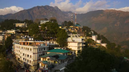 virágmintás : View of Mcleod Ganj in India, Dharamsala Stock mozgókép