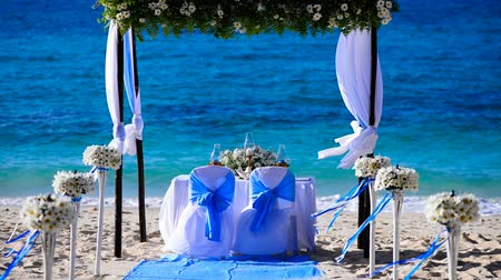 weddings : Wedding decorations on the beach