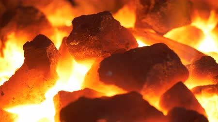 coals : Blacksmithing: macro of the coal forge in UHD