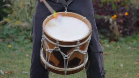 drumbeat : Musician playing on the drum