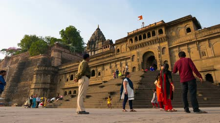 Maheshwar, India - circa november 2017: Time lapse Maheshwar-paleis, toeristische bestemming in Madhya Pradesh, India