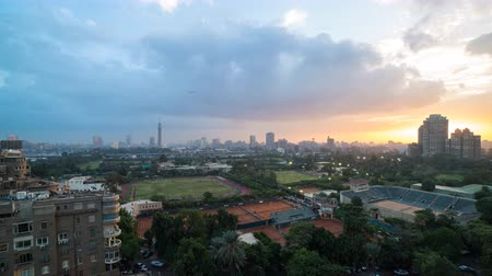 kahire : Timelapse of sunset over the island of Zamalek, located in the center of Cairo, Egypt