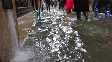 pumping : Narrow street of Venice called CALLE in italian language during Flood