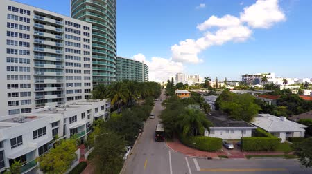 flaming : Aerial video of West Avenue Miami Beach 4k Wideo