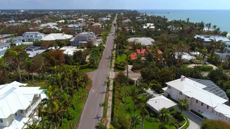 neapol : Aerial video of luxury homes affected by Hurricane Irma