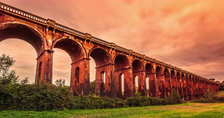 vallei : Ouse Valley Viaduct, Sussex, Engeland