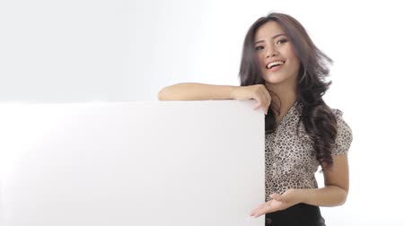 confiança : happy young business woman with blank white board