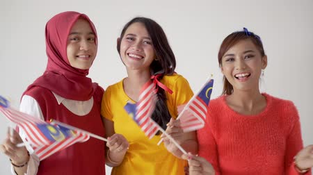 orgulho : women fans support malaysian team
