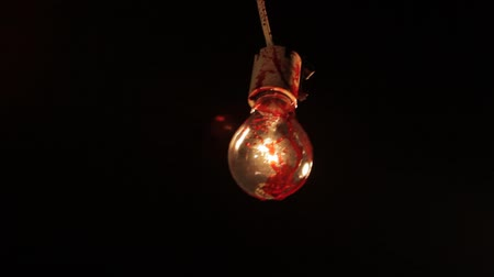 serial : Blood Splash on Light Bulb 02