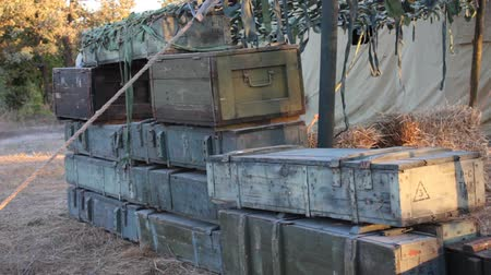 silahlar : Military wooden ammo boxes. Storage Containers with explosives