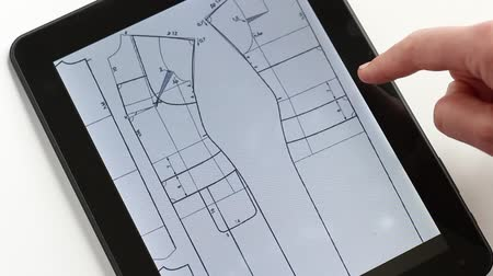 construtor : Designing And Making Clothes Using Digital Tablet
