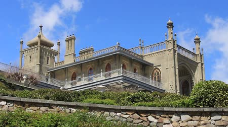 taş işçiliği : Palace With Motifs From Islamic Architecture
