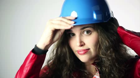 biztonság : businesswoman with blue helmet