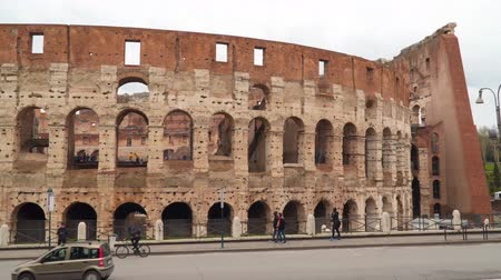 colloseum : Rome, Italy - March 19, 2018: Colosseum in Rome. Tourists in the Colosseum Stock Footage