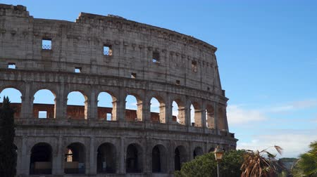 colosseo : The Coliseum is a symbol of Rome and a masterpiece of the Roman architecture
