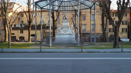 toskánský : Florence, Italy - March 22, 2018: The Monument to Nicola Demidoff