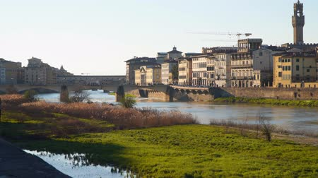 arno : The Arno River in Florence. Evening time Stock Footage