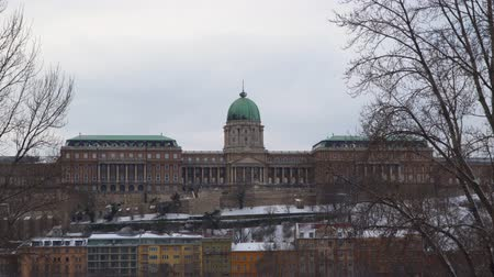 budapeszt : Buda Castle is the historical castle and palace of the Hungarian kings in Budapest
