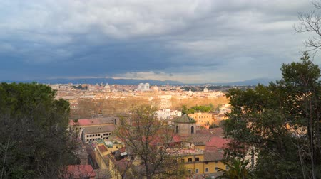 victor : View from the hill to the historic center of Rome Italy