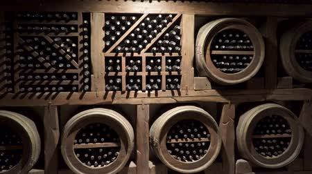 compartimento : A wine cellar is a storage room for wine in bottles or barrels ,. Stock Footage