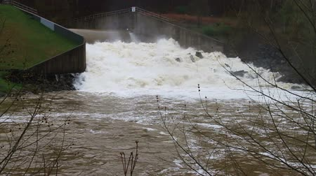 powódź : 1469 Dam at Flood Stage White Water Rapids, Slow Motion.mov Wideo