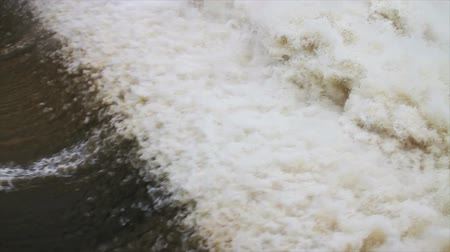 baraj : 1487 Dam at Flood Stage White Water Rapids, Slow Motion.mov Stok Video