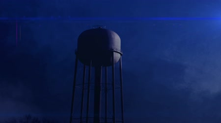 destruir : 0815 Water Tower at Night with Heavy Fog, HD.mov