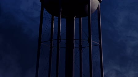 ürpertici : 0822 Water Tower at Night with Heavy Fog, HD.mov