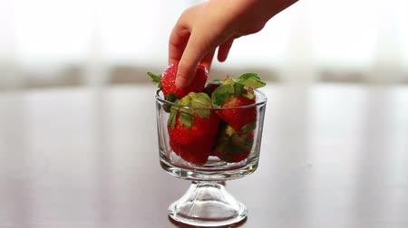 0327 Strawberry in Glass.mov