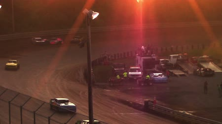 гонка : Race Car Crash at Dirt Track During Sunset Стоковые видеозаписи