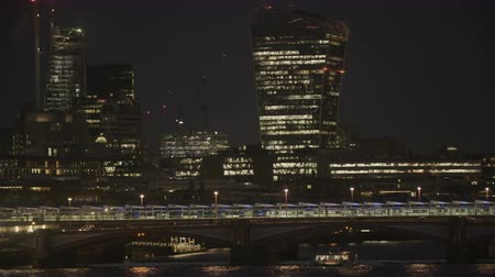 westminster : Passenger Cars Moving Slowly Through the Blackfriars Bridge Stock Footage