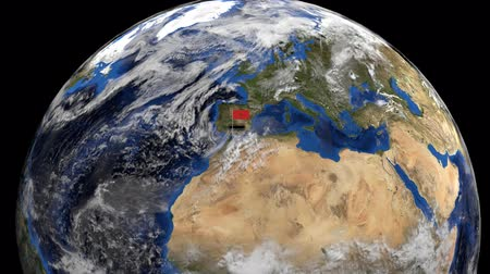 марокканский : Morocco flag on pole on earth globe animation