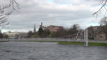 zamek : Inverness cityscape with castle and River Ness Scotland Wideo