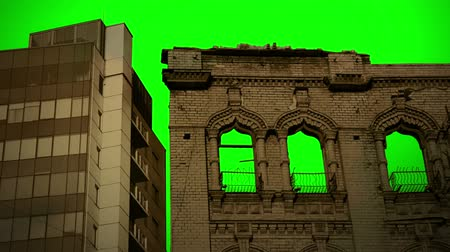 общественный : Modern and old Buildings with Green Screen ChromaKey sky Background Стоковые видеозаписи