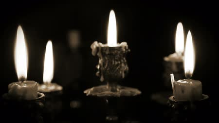 mistério : Candles in candelabrum with five branches in full dark Vídeos