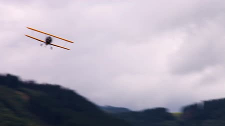 авиация : WWII Biplane in the air   Hight Definition Video : 29.97 FPS 19sec Please look another footages on my Train_Arrival Account.  Best Wishes