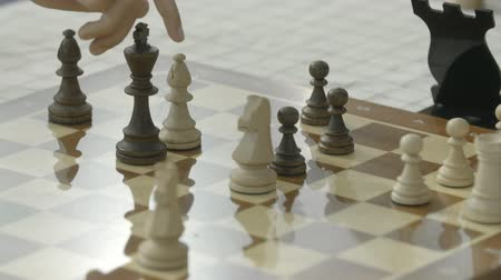 mastermind : Playing chess at championship