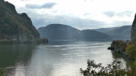 Autumn at the Danube Gorges, the border between Romania and Serbia. View from Romanian part. In the background is strait named Large Boilers.4K footage. Vídeos