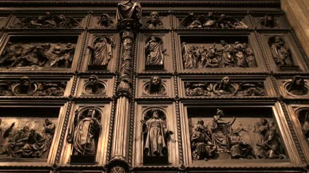catedral : The Door of st. Isaacs cathedral