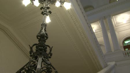 формальный : Antique chandelier Стоковые видеозаписи