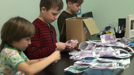 стек : Counting the money and bills, childrens Bank