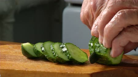 rabanete : Cutting knife cucumber