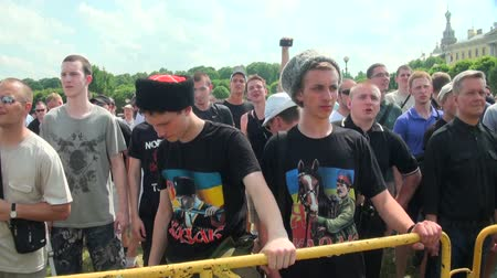 редакционный : Opponents of gay men and lesbians at the rally