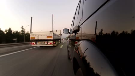 terribly : Overtaking trailer on the highway