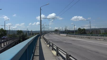 bulgarije : Asparuhov brug in Varna. Bulgarije. Schot in 4K Stockvideo